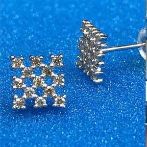 Jewelry - Solid white gold diamond square earrings
